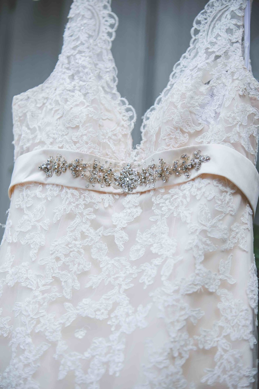 wedding dress photo tn nashville.jpeg