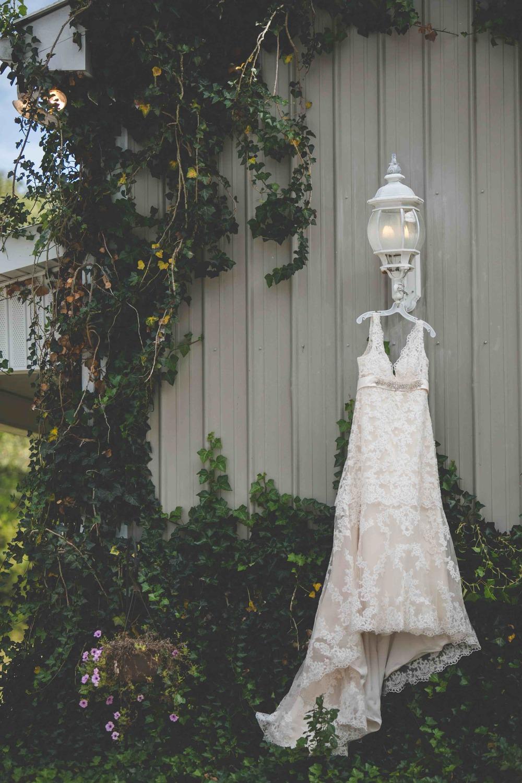 wedding dress barn nashville wedding photographer.jpeg