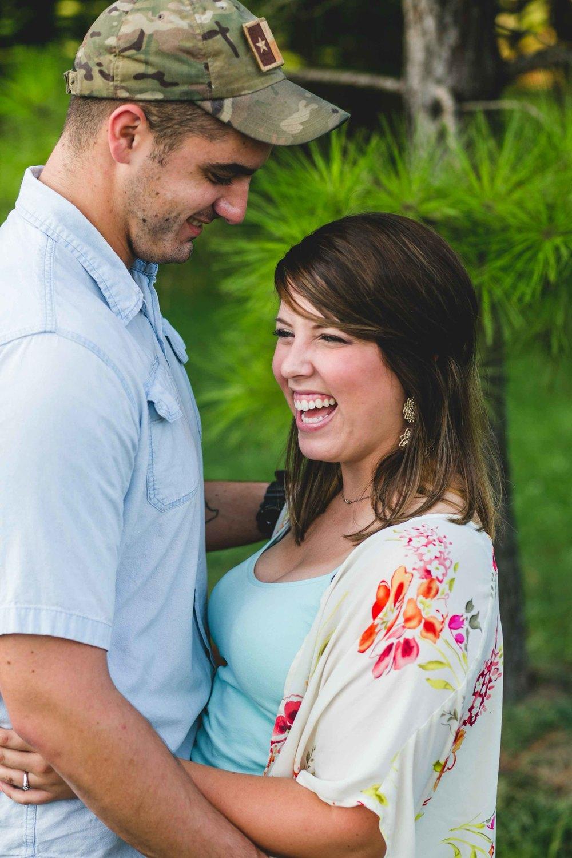 engagement-nashville-photography-photographer-wedding-photographer-goodlettsville-tennessee-0057.jpg