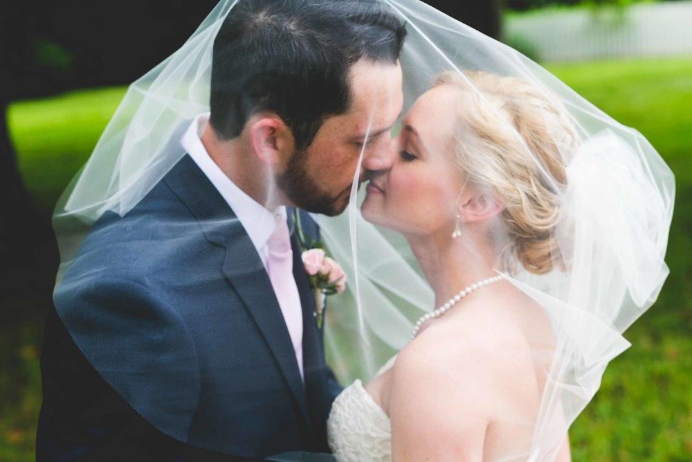 Nashville-wedding-photographers-bride-tn-engagement-photography-0242-2.jpg