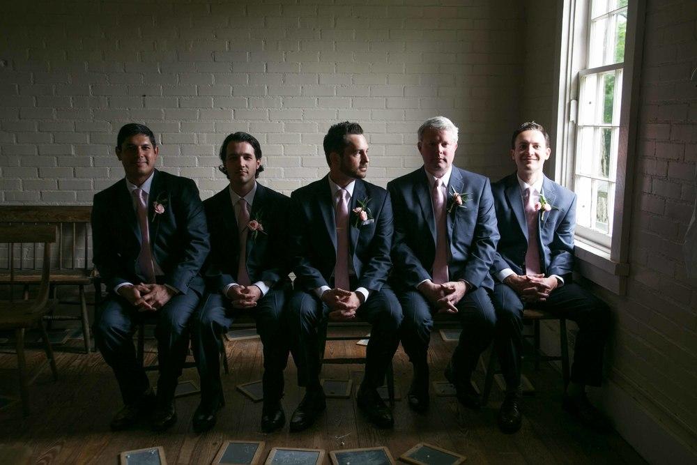 Nashville-wedding-photographers-bride-tn-engagement-photography-0463.jpg