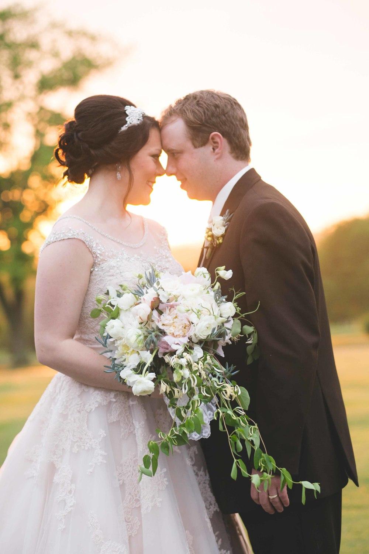Nashville-wedding-photographers-bride-tn-engagement-photography-0698.jpg