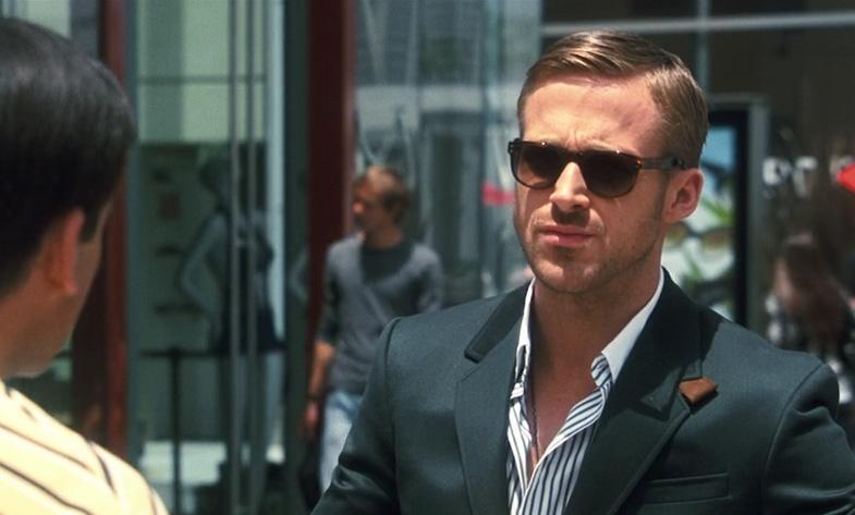 Gosling-SuitNoTie.jpg