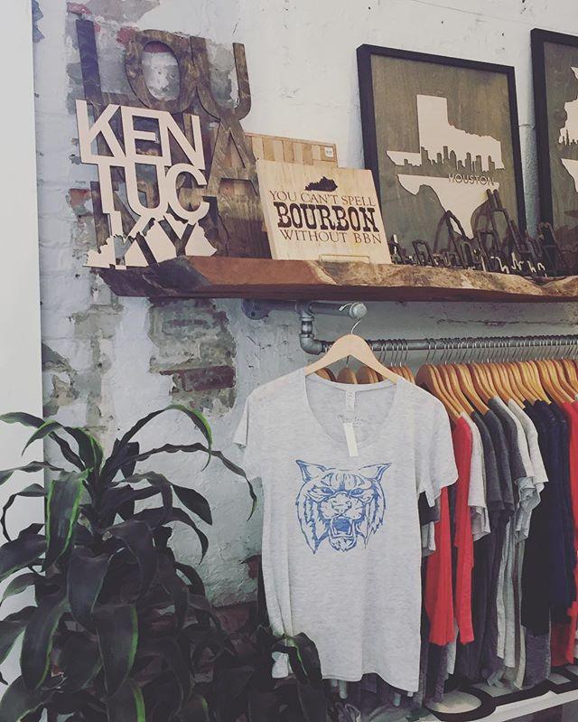 Cozy little corner at @grainwell 😺 #goCATS #BBN #lovemyOL #grainwelldone
