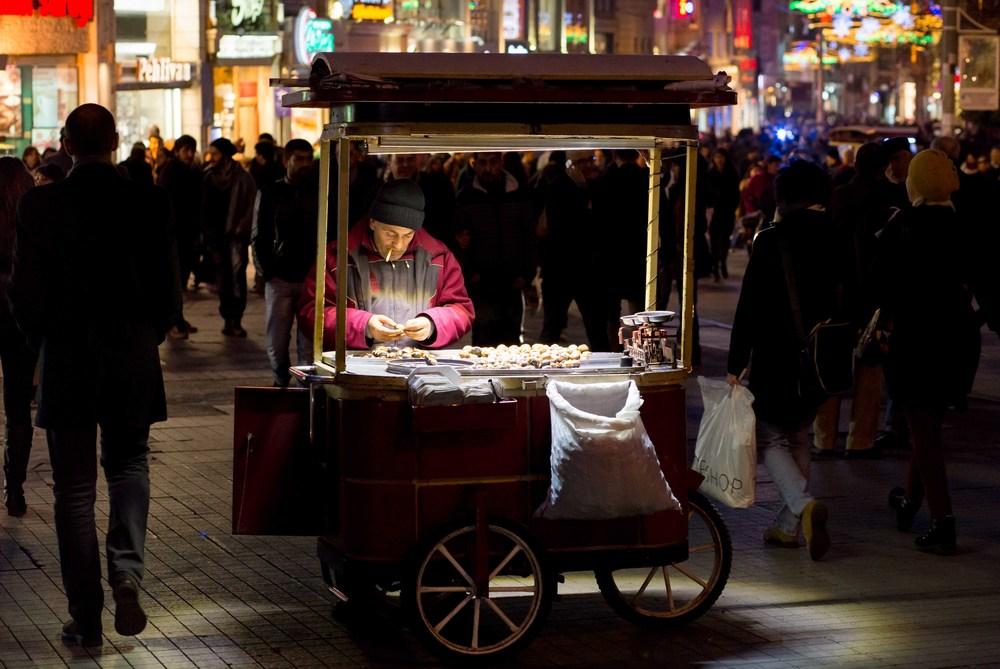 20140114-IMG_2085-The chestnut street seller.jpg