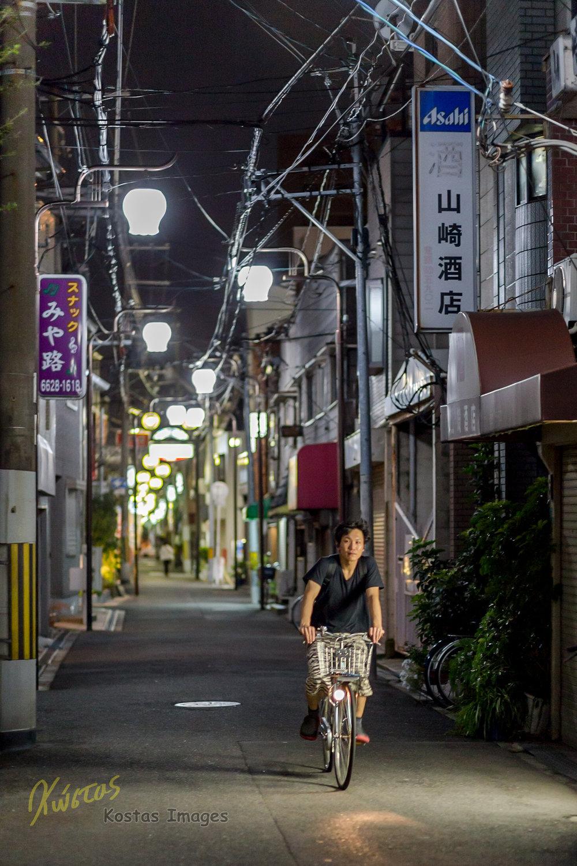 20160822-IMG_2496-Osaka Street and bike.jpg