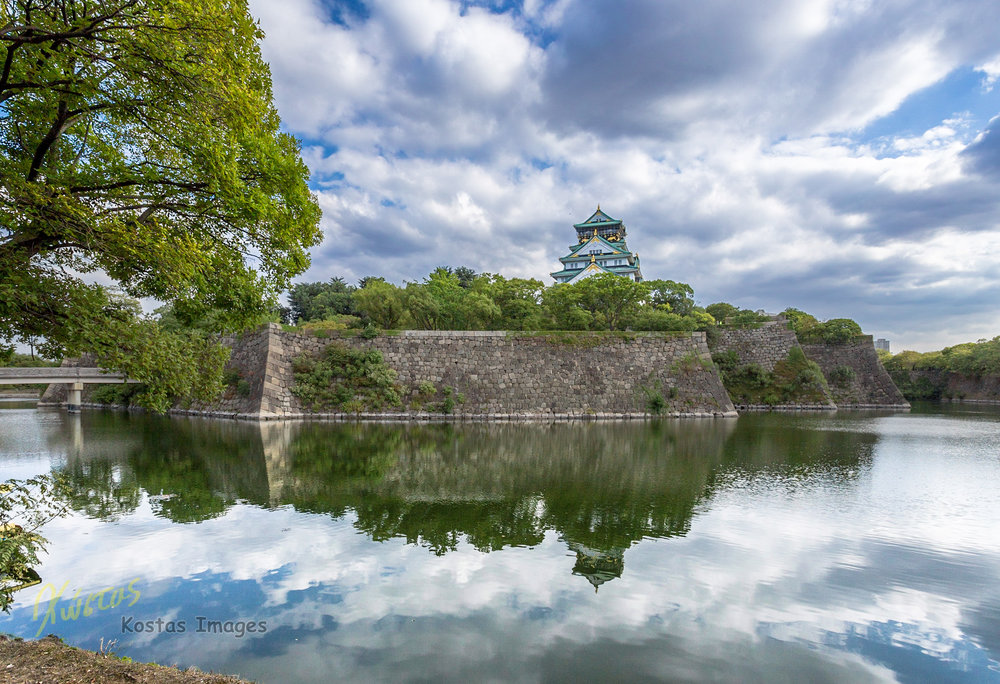 20160823-IMG_2868-Osaka Castle reflection.jpg