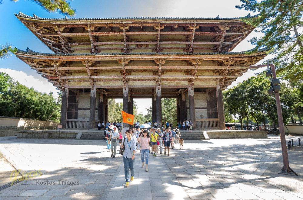 20160825-IMG_3401-Nandai-mon Gate 東大寺南大門.jpg