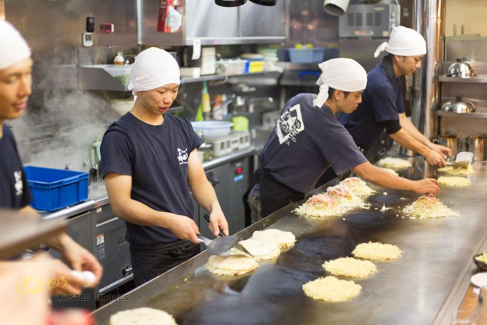 20160827-IMG_4550-Okonomiyaki Restaurant Cooking.jpg