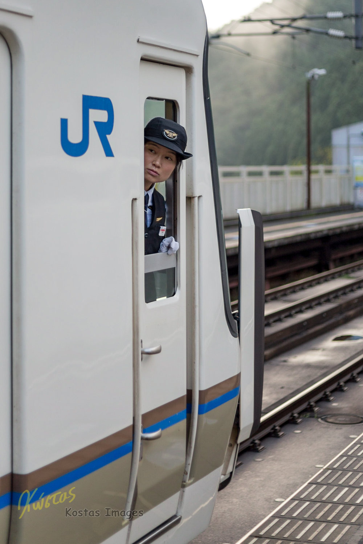 20160904-IMG_7057-JR Train Driver.jpg