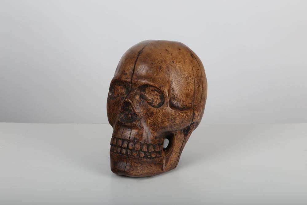 Alex Beatty - - wood carving (chestnut).JPG