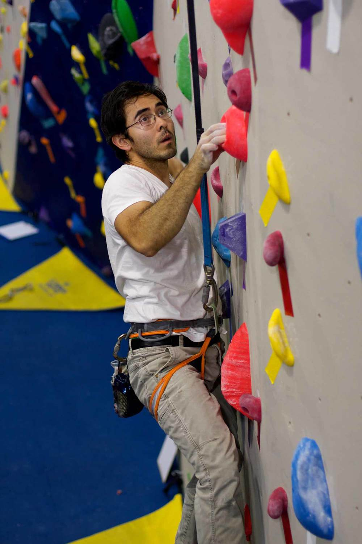 Autobelay climber