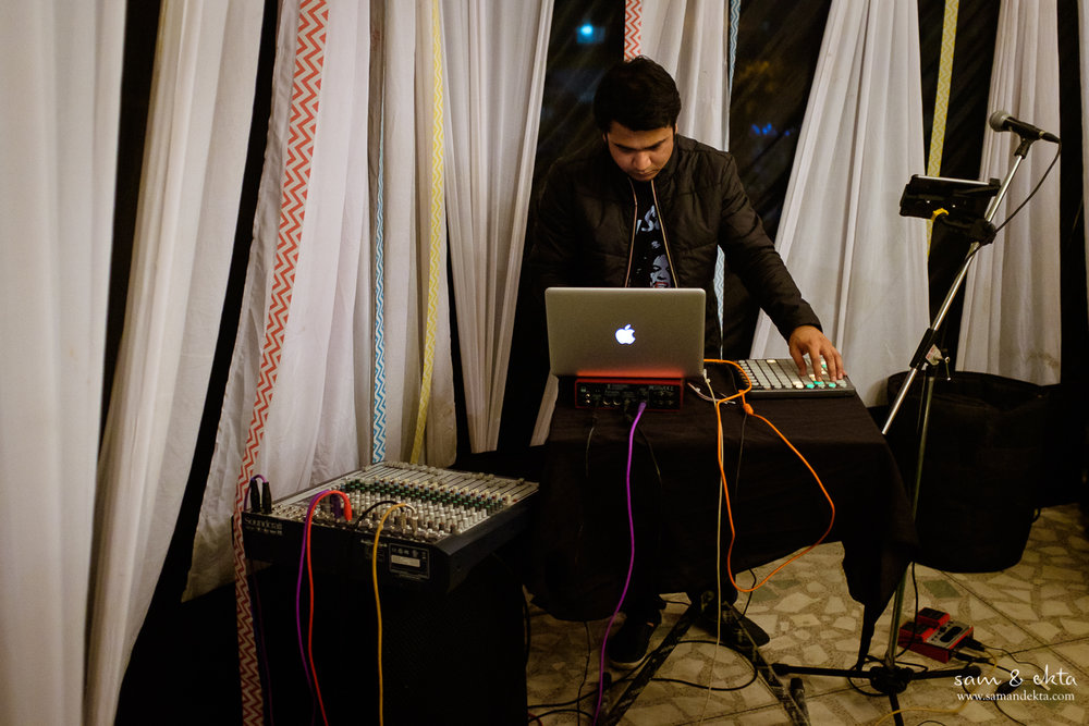 Vipin setting up his stuff to bring the house down. Check him out at https://www.facebook.com/vipinsharmamusic. The guy is amazing