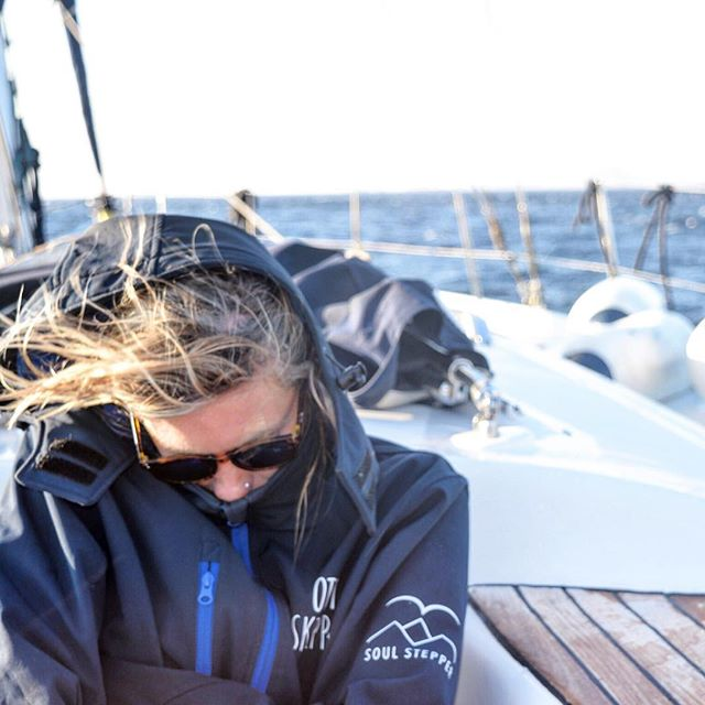 Wrapping up for the ride #offthebeatentack #offthebeatentack #otbt #soulstepper #greece🇬🇷 #europe #naxos #mykonos #Santorini #sailing #jacket #fashion #summer #wind #igiers #picoftheday #photooftheday #insta #instagood #instamood #instatravel #wanderlust
