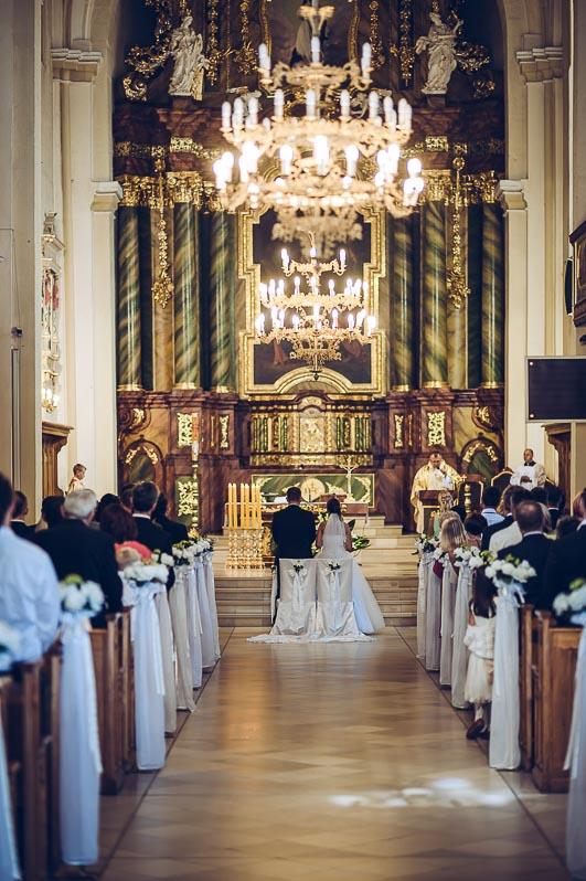 Ihr Hochzeitsfotograf Mariusz Mróz macht für Sie einzigartige Fotos - Hochzeitsreportage bei Ihrer Hochzeit in Nürnberg, Erlangen, Fürth und steht Ihnen rundum das Thema Hochzeitsfotografie zur Verfügung.