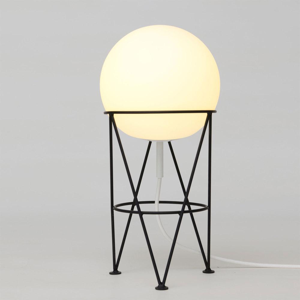 Structure-Globe-Desk.jpg