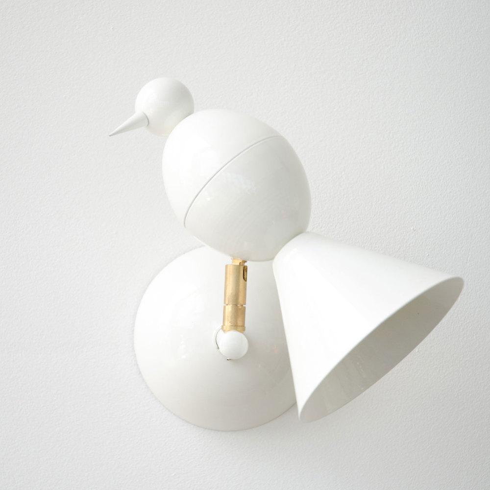 Alouette-wall-white-01.jpg