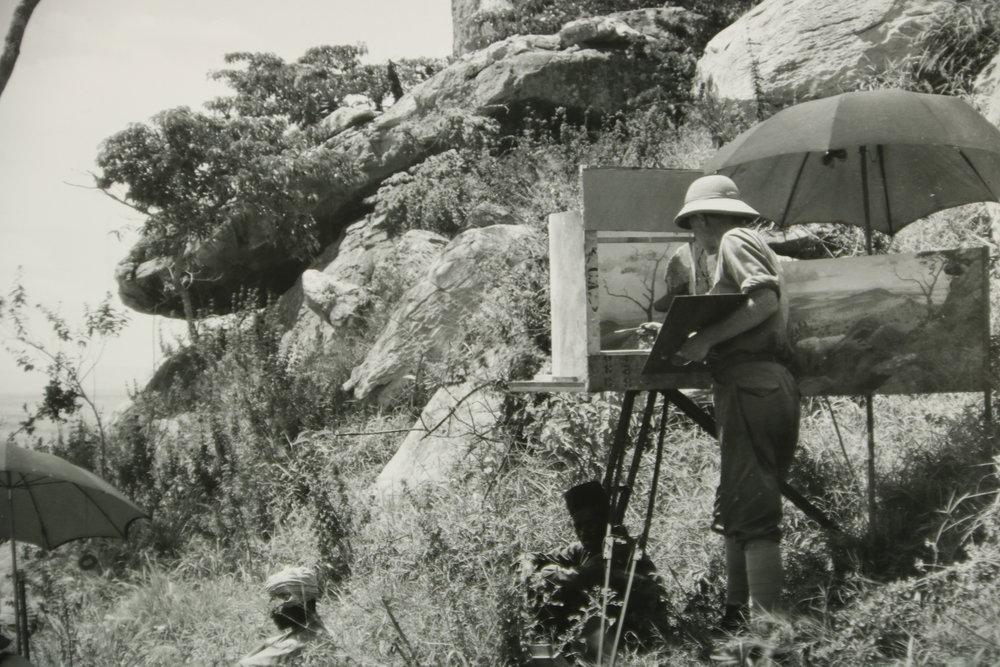 Leigh painting Lukenia Hills.