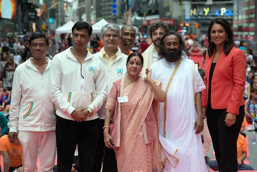 8 ravi shankar un times sqaure.jpg