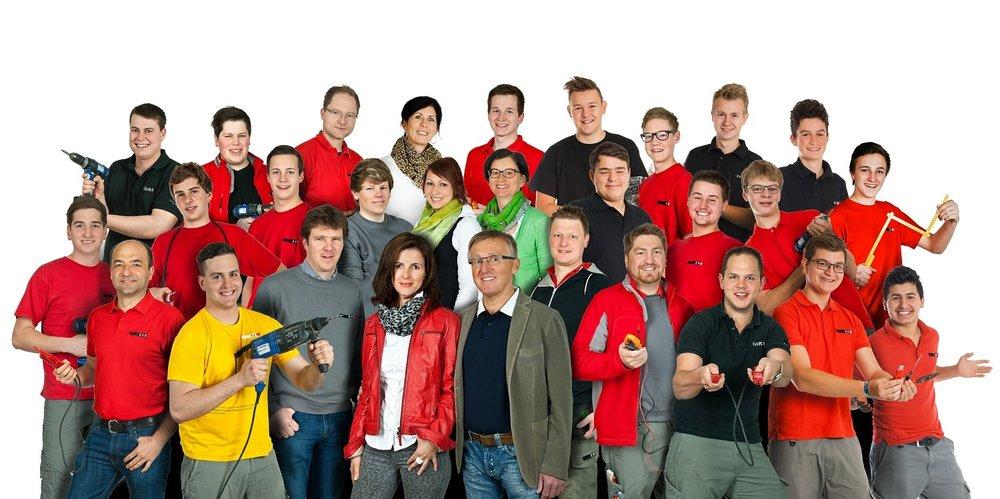 Kontriner-Gruppe03.jpg