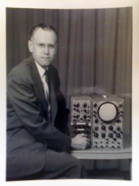 Ben Laposky and Oscilloscope. Used with permission of Sanford Museum.