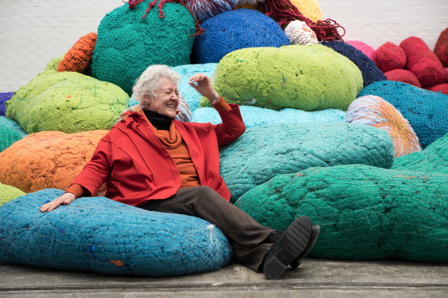 INTERVIEW: SHEILA HICKS