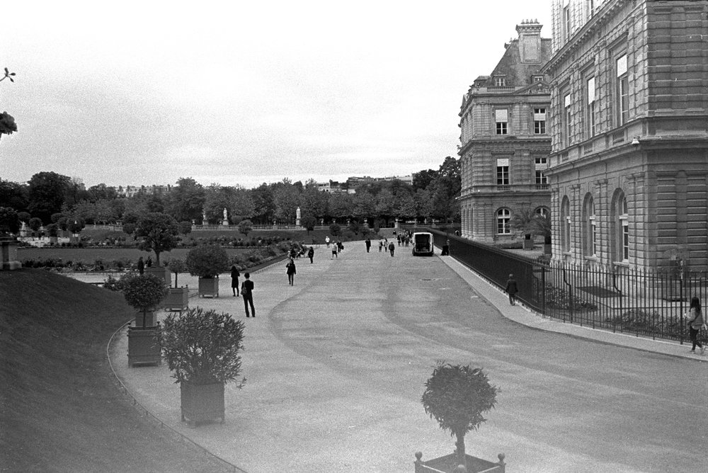 luxemburg gardens.jpg