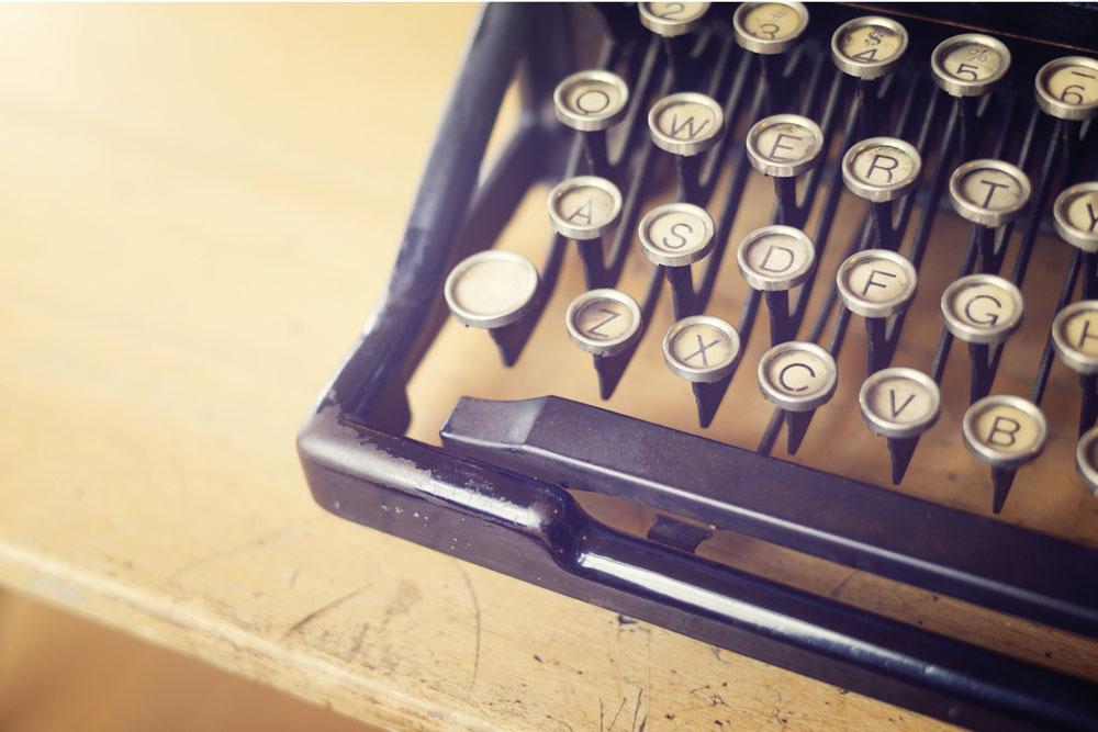 Intro_page_typwriter_Large.jpg