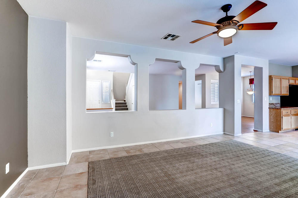 584 Highgate Park Ct Las Vegas-large-014-Family Room-1500x1000-72dpi.jpg