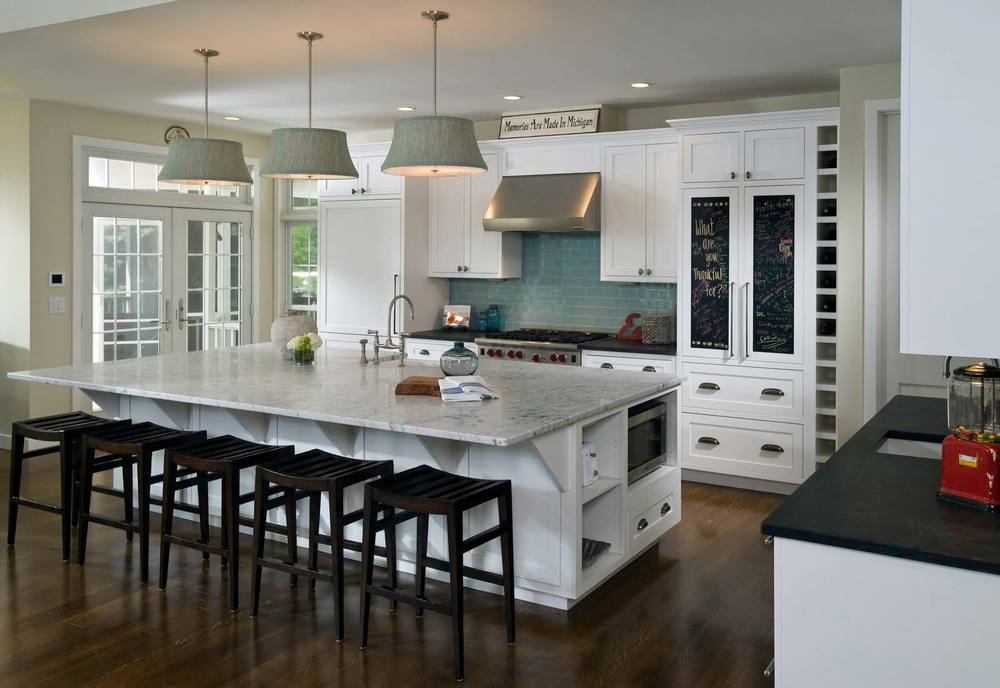 Remove Kitchen Clutter While Selling Your First Home