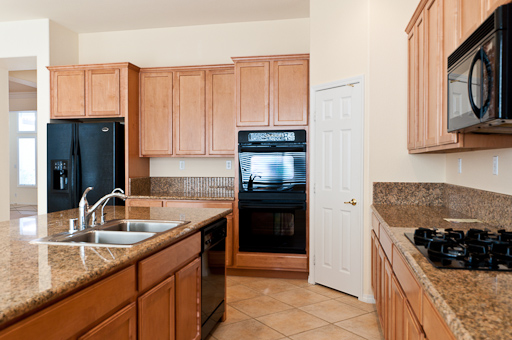 14_SS_Kitchen_2.jpg
