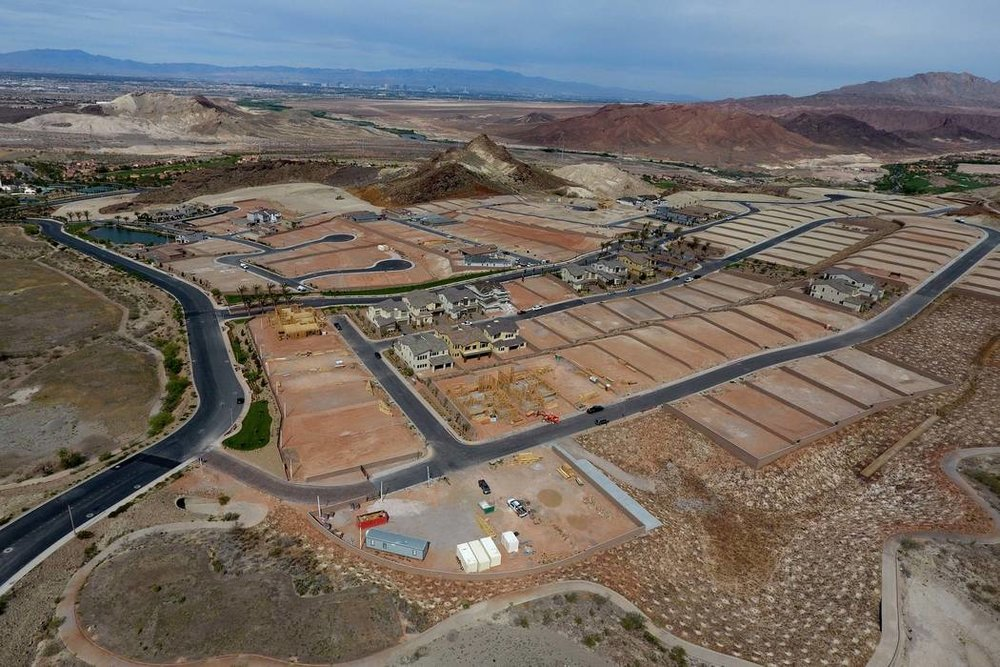 Aerial view of housing construction sites at The Peaks, a new development at Lake Las Vegas, that overlook the Las Vegas valley on Monday, April 17, 2017. Michael Quine/Las Vegas Review-Journal @Vegas88s