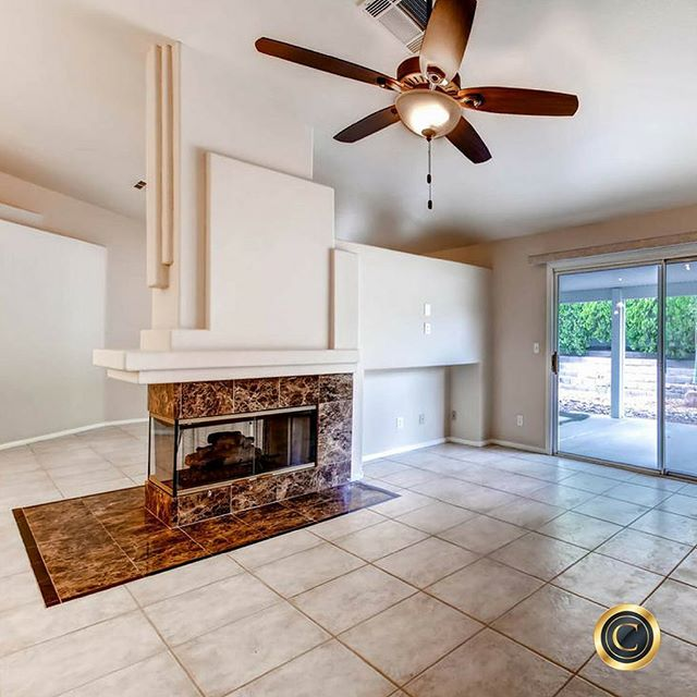 #PhotoOfTheDay ... Charming 4 bedroom home in Henderson has upgraded carpet, breakfast bar, and patio. Within 5 days sold for $279,900! Follow the link in our profile.⠀ 🏠🏠🏠🏠🏠🏠🏠🏠🏠🏠🏠🏠🏠🏠⠀ #Vegas #LasVegas #RealEstate #Realtor #Remax #HomeSold #Homes #OurBrandisService