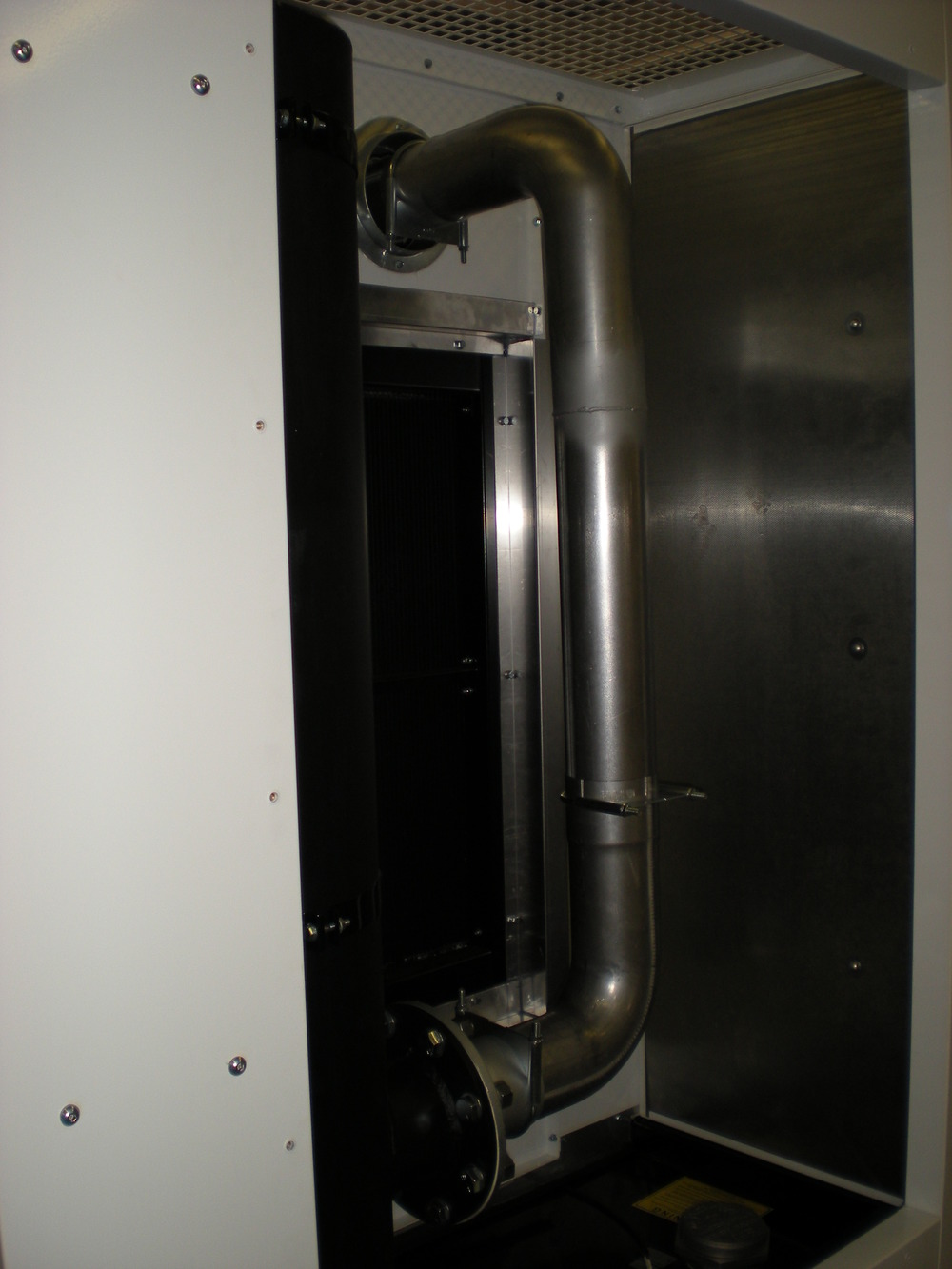 Exhaust chamber piping.JPG