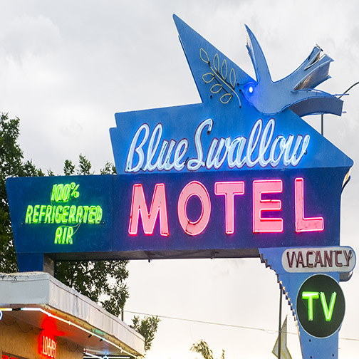 blueswallowmotel.jpg