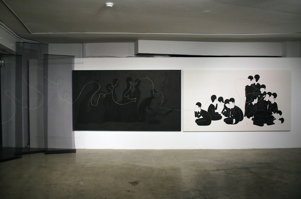 말과 사람   /   Verbal beings   Op. 0113PI - 400 x 300 cm, 한지에 먹, 모시에 디지털 프린트 가변설치 / Korean ink on Korean paper, Digital print on ramie fabric installation, 2015   Installed in D Project Space - Guseulmoa, Seoul, South Korea, 2015