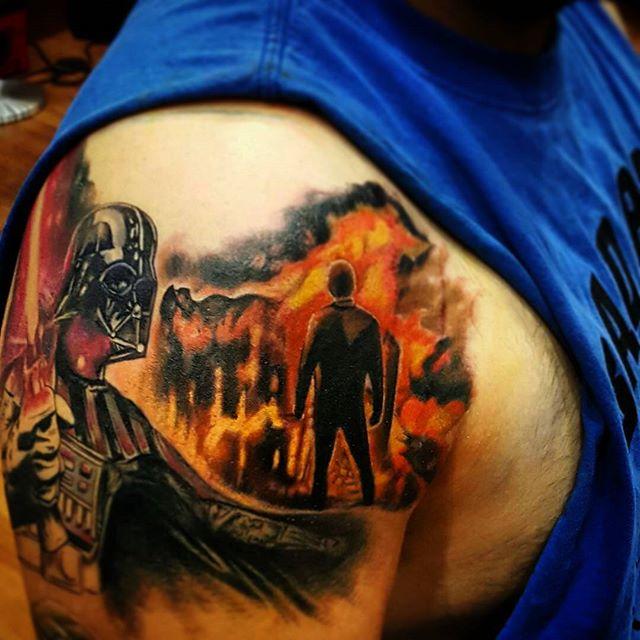 Tattoo by @georuizart #chicagostatetattoo #chicagotattooartist #chicago #chitown #westernavenue #urkrainianvillage #wickerpark #humboldtpark #chicagosown #starwars #starwarstattoo #darthvader #lukeskywalker
