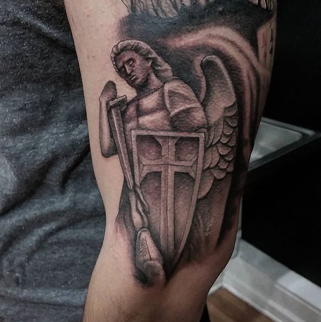 St. MIchael piece from last week....thanx for lookin n likin...GET@ME4INK....#religiousart#dope#blackandgrey#saintmichael#statue##tattoo#ink#tattoolife#inked#inkaddict#cooltattoos#chicagostatetattoo#chicagotattooartist#chicagotattooshop#art#bodyart#skinart#chicago#westtown#urkrainianvillage#humboldtpark#wickerpark#instagood#art#skinart#bodyart#love