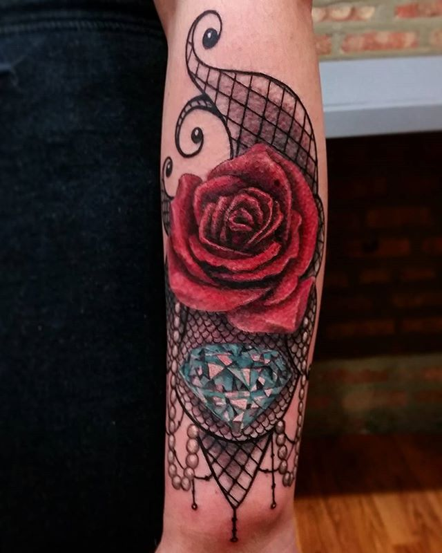 Did this custom lace piece the other night...hope u like it, thanx for lookin n likin...get@me4ink...#girlsbestfriend #beautiful#girlytattoo#diamond#rose#lace#tattoodchicks#pearls#tattoo#ink#tattoolife#inked#inkaddict#cooltattoos#chicagostatetattoo#chicagotattooartist#chicagotattooshop#art#bodyart#skinart#chicago#westtown#urkrainianvillage#humboldtpark#wickerpark#instagood#art#skinart#bodyart#love