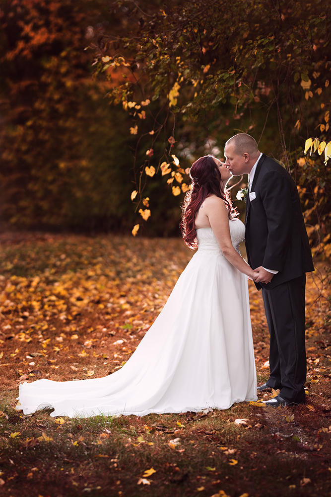 Bride Groom Kissing Backlit Autumn Color South Bend Indiana Michigan Chicago - joannaFOTOGRAF Joanna Reichert.jpg