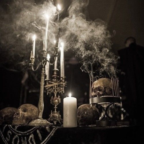 ec287524bfbe0379560a637b7a90919b--occult-art-halloween-pictures.jpg