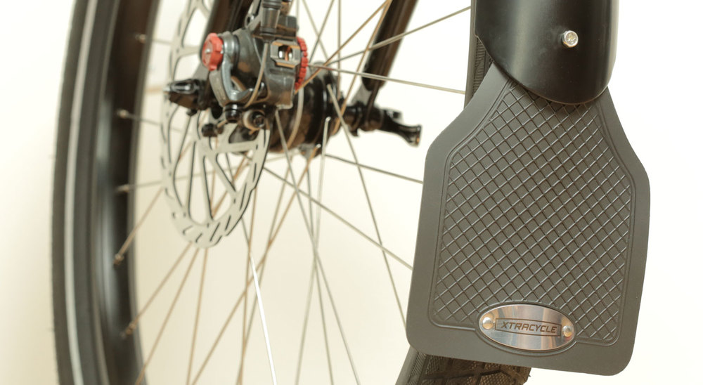 Alloy fenders made specifically for the EdgeRunner enable you to ride year-round keeping water and street grime where it belongs - off of your bike. Designed for oversized tires, includes front and rear mud-flaps.