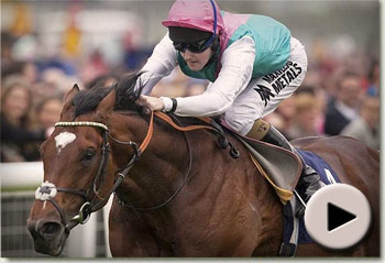 Frankel wins Lockinge Stakes