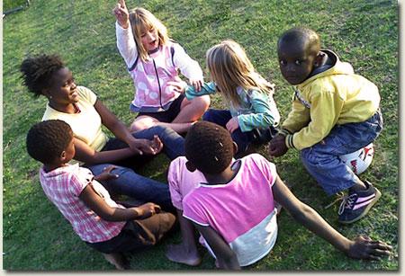 hannah goss teaching cousin zoe and friends
