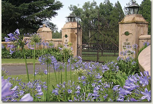 summerhill stud entrance gates