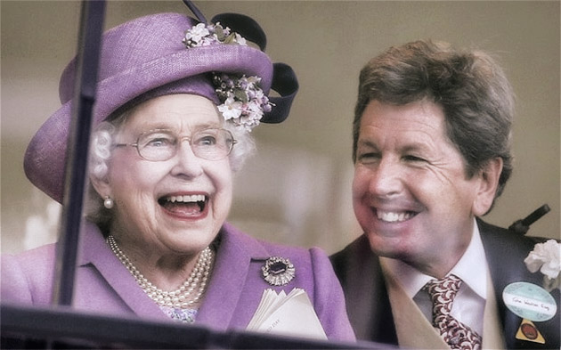 Her Majesty Queen Elizabeth with Racing Manager John Warren / The Telegraph (p)