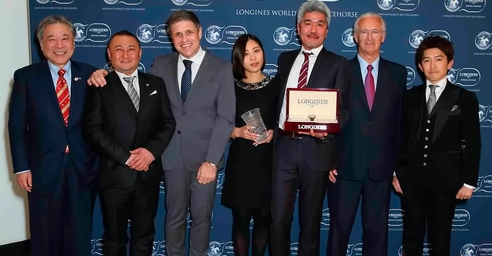 Winning connections of the 2014 Longines World's Best Racehorse Rankings, Just A Way - Mr. Masayuki Goto, President & CEO of JRA, Mr. Naosuke Sugai, trainer of Just A Way, Longines Vice President and Head of International Marketing Mr. Juan-Carlos Capelli, Ms. Saki Nemoto (Just A Way), Mr. Akatsuki Yamatoya, owner of Just A Way, IFHA Chairman Mr. Louis Romanet and Mr. Yuichi Fukunaga, jockey of Just A Way / Longines (p)