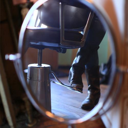 east vanity studios_detail 2.jpg
