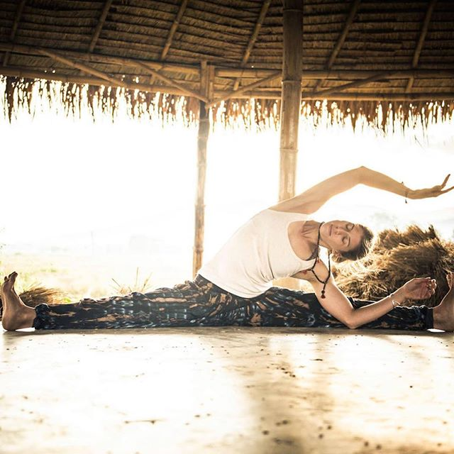 Keep calm and do yoga.  Now doing Yoga photo shoots in Goe, India - Bali - Vancouver. Yoga Shoot : $270 USD - 2 hour shoot ( Includes 30 Fully edited images and  delivery of images via a secure online link) . . . . . #alokacreative #canonphotography #photography #yogaeverydamnday #yogadaily #yogaposes #yogaphotography #yogaphotoshoot #professionalphotos #nikonphotography #vancity #vancouver #bali #india_everyday #indianphotography #balilife #yogapractice