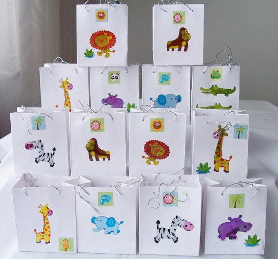 Cute Animals and white bag goodie bags. (Link: etsy.me/ 1lZ67MR)    Eye of the tiger..hear me roar!